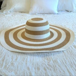 4 the 4th🇺🇸 White & Tan Big Stripe Hat